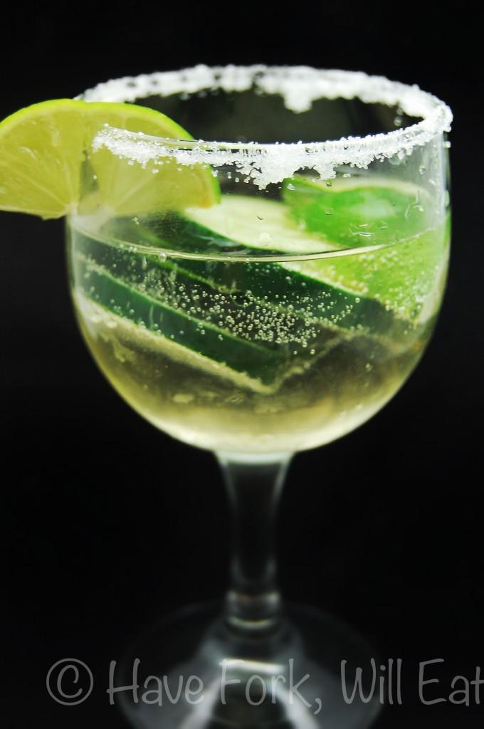 Frizzante Cucumber Caipirinha